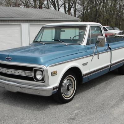 Chevy C10 Custom 70