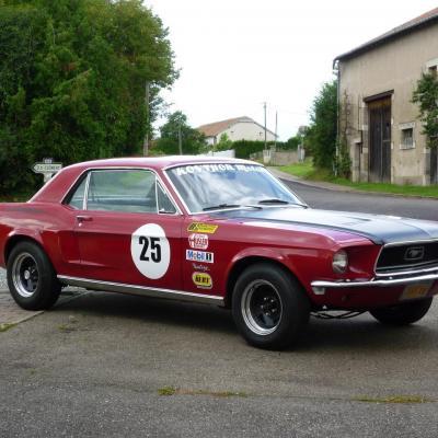 Mustang replica 68