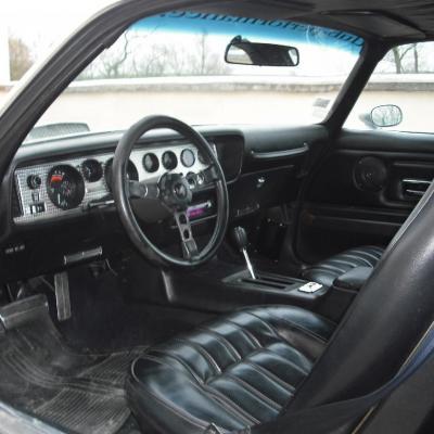 Pontiac 76